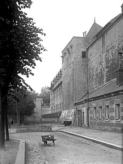 Caen tour saintjulien lefevrepontalis.jpg