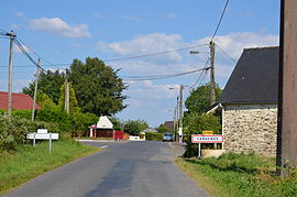 The road into Cahagnes