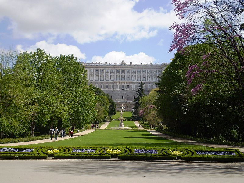 File campo del moro wikimedia commons for Jardines palacio real madrid