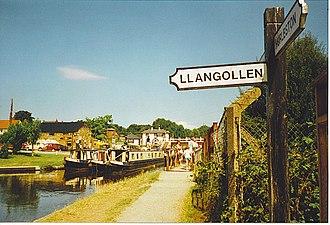 Trevor, Wrexham - Image: Canal Junction, Trevor geograph.org.uk 251631