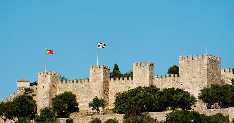 File:Castillo de San Jorge (3645946121).jpg