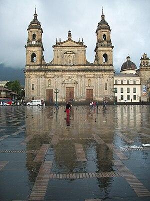 Architecture of Colombia - Image: Catedral Primada Bogotá