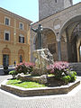 Cattedrale di Rieti - statua di San Francesco.jpg
