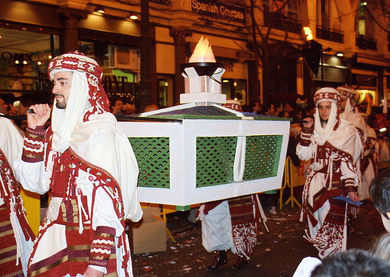 File:Cavalcada dels Reis - 5. January 2006 - 3.jpg