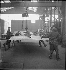Cecil Beaton Photographs- Tyneside Shipyards, 1943 DB95.jpg