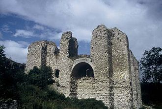 Battle of Arques - The ruins of the château of Arques, today.