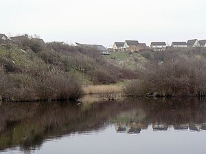 Chafford Gorges Nature Park - Image: Chafford Gorges Visitor Centre (geograph 2851451)