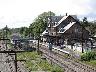 Charlottenlund station - Image: Charlottenlund station