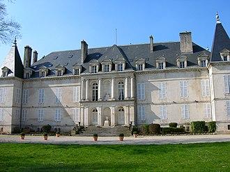 Pierre, Duke of Penthièvre - Front of the Château d'Arc-en-Barrois