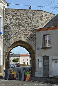 Chemillé - Château (1).jpg