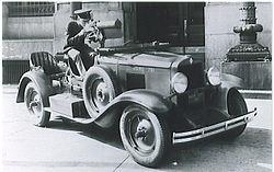 Automóvil de reconocimiento del cuerpo de la Marina estadounidense en 1930.