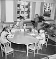 Children at a public library in Malmö 1949.jpg
