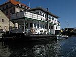 Christianshavn - houseboat.jpg