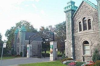 Notre Dame des Neiges Cemetery - Front entrance, Cimetière Notre-Dame-des-Neiges
