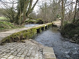 Clapper Bridge - geograph.org.uk - 1771853.jpg