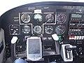 Cockpit Piper PA-28 Rundflug 29. August 2007 (1356536886).jpg