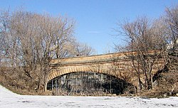 Colostbridge-b.jpg