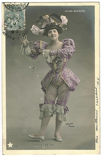 File:DELYS, Paule W Étoile. 14. Folies Bergére. Photo Waléry.jpg