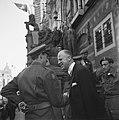 De prins met de burgemeester van Alkmaar, Bestanddeelnr 900-4738.jpg