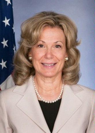 Deborah L. Birx - Image: Deborah L. Birx official photo