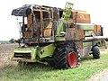 Defunct Combine Harvester - geograph.org.uk - 147840.jpg