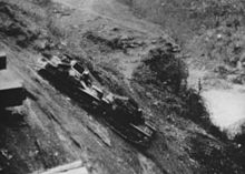 Destroyed Italian tanks on Neretva.jpg