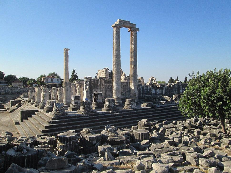 Didyma temple of Apollo from north