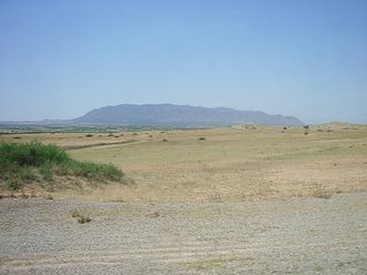 Revolutions of Tunis - Djebel Ousselat seen from the plain of the Sahel, place of refuge of Murad III Bey