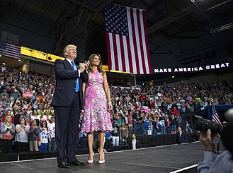 Donald Trump 2020 presidential campaign - Donald and Melania Trump at the campaign's sixth rally