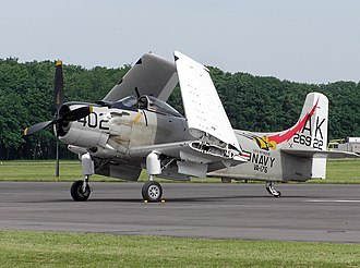 Folding wing - Douglas Skyraider