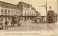 ER 309 - LYON - Gare des Brotteaux - La station des Tramways.JPG