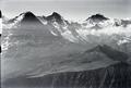 ETH-BIB-Männlichen, Eiger, Mönch, Jungfrau, Tschuggen, Kleine Scheidegg v. N. aus 3000 m-Inlandflüge-LBS MH01-005732.tif