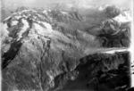 ETH-BIB-Sustenpass, Fünffingerstöck, Spannort, Meinetal v. W. aus 4000 m-Inlandflüge-LBS MH01-002448.tif