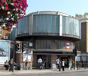 Earl's Court tube station - Image: Earls Court Entrance 1