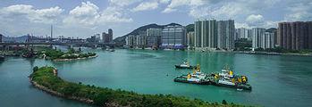 Edificios en Tung Chung, Hong Kong, 2013-08-13, DD 01.JPG