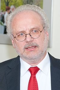 Ministru prezidents Valdis Dombrovskis tiekas ar Eiropas Kopienu tiesas tiesnesi Egilu Levitu (7995453799)