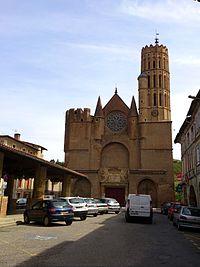 Eglise Montesquieu-Volvestre.jpg
