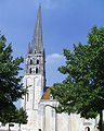 Eglise Saint Savin-sur-Gartempe clocher.JPG