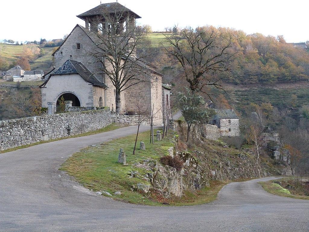 Eglise de Bez-Bédène.JPG