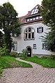 Ehemalige Villa Kayser Nordost-Fassade mit Eingang (1907) 03.jpg