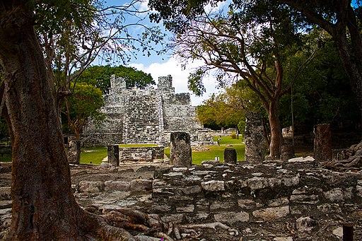 El meco ruinas edgar alvarez