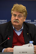 Elmar Brok Press conference Strasbourg European Parliament 2014-02-03 03.jpg