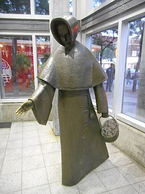 Émilie Gamelin (sculpture) - The statue in 2016