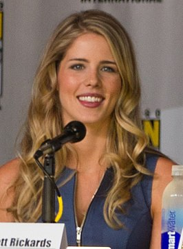 Emily Bett Rickards tijdens de Comic-Con in 2013