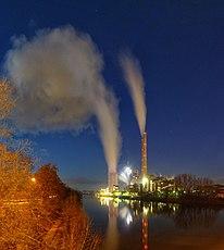 EnBW-Kraftwerk Heilbronn zur Blauen Stunde - panoramio.jpg
