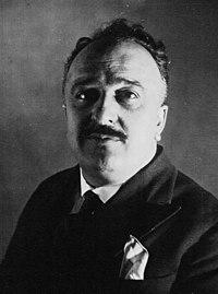 Ernest Pezet 1932.jpg