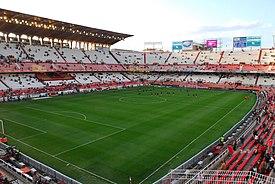 Estadio Ramón Sánchez Pizjuán Preferencia and Gol Norte-2007-04-05.jpg