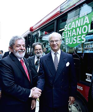 BioEthanol for Sustainable Transport - President Luiz Inácio Lula da Silva and King Carl XVI Gustaf of Sweden inspecting one of the 400 buses running on ED95 in Stockholm