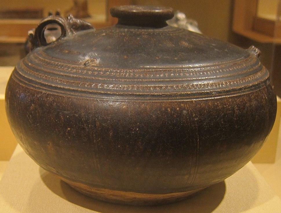 Ewer from Cambodia, Angkorian era, 12th century, glazed stoneware, HAA