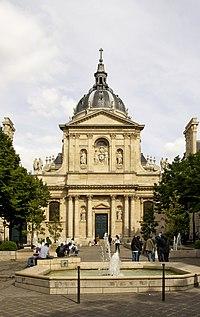 Façade de la chapelle Sainte-Ursule, Sorbonne, Paris.jpg